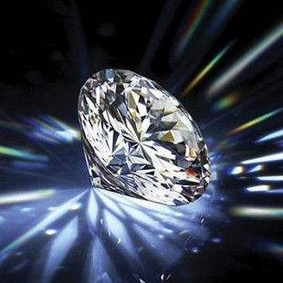 Moissanite diamond has become a new fashion when choosing wedding rings