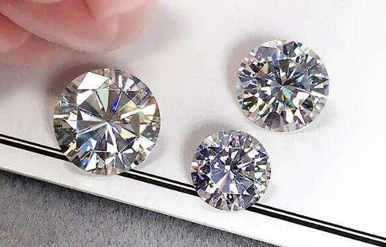 How to cleaning moissanite diamond
